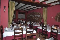 Hotel - Restaurante Prado Del Navazo, Llano del Arabal nº6, 44100, Albarracín