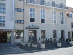 Résidence d'Artagnan, 52 Place de la République, 45200, Montargis