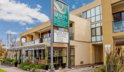 Quality Hotel Bayside Geelong, 13-15 The Esplanade , 3220, ジーロング