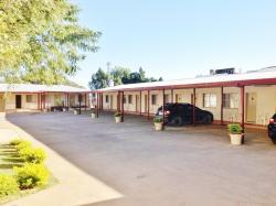 Longreach Motel, 127-129 Eagle Street, 4730, Longreach