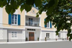 Hotel Zum Schlössle, Am Schlössle 1, 89435, Finningen