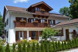 Hotel-Gästehaus Simon, Tannenbergstr. 5, 83646, Bad Tölz