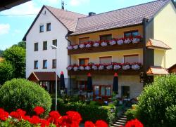 Gasthof Drei Linden, Bärnfels-Dorfstr. 38, 91286, Obertrubach