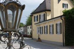 Chalét zum Kurfürst, Hochmuttinger Straße 24, 85764, Oberschleißheim