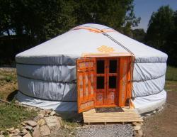 Campement de Yourtes Mariposa, Lahonta, 64570, Lanne