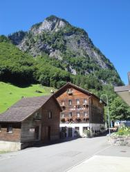 Hotel Urirotstock, Dorfstrasse 27, 6461, Isenthal