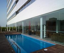 Hotel Xon's Valencia, Avenida Comarques del pais Valencia (junto centro comercial Bonaire), 46930, Aldaya