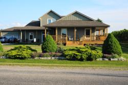On the 6 Bed and Breakfast, 1437 Line 6 Road, L0S 1J0, Queenston