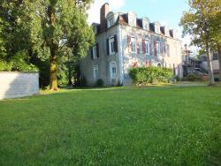 Le Trianon de Salies, 18 Avenue des Docteurs Foix, 64270, Salies-de-Béarn