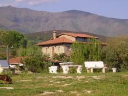 Casa Rural Ropino, Carretera de Candeleda a El Raso, Km 10, 05489, El Raso