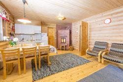 Resort Naaranlahti Cottages, Kesälahdentie 1614, 58500, Naaranlahti