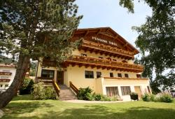 Pension Tirol, Pfaffengrube 252, 6543, Nauders