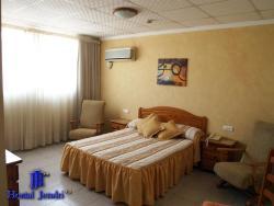 Hotel Jendri, L'alcora, 229, 12550, Almazora