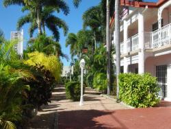 Monte Carlo Motor Inn, 45-49 Bowen Rd, Rosslea, 4812, Townsville