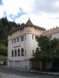 The Castle Hotel, Makedonia - 1, 2000, Σάμοκοβ