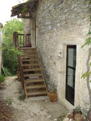 L'ostalet de la Blanchisserie, hameau de la Bastide, 30630, Goudargues