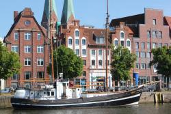 Apartment Traveblick, An der Untertrave 80, 23552, Lübeck