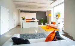 Ona Living Barcelona, Castelao, 206-208, 08902, Hospitalet de Llobregat