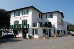 Hotel Restaurant Noblia, Route De Saint-Jean Pied De Port, 64780, Bidarray