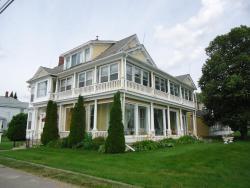 Governor's Mansion Inn, 62 Saint Patrick's Drive, E1N 5V5, Miramichi