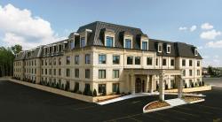 Hotel Brossard, 7365 boulevard Marie-Victorin, J4W 1A6, Brossard