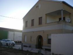 Casa Rural Nautilus, La Iglesia, 9, 05358, Narros de Saldueña