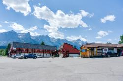 Rocky Mountain Ski Lodge, 1711 Bow Valley Trail, T1W 1L7, Canmore