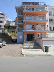 Guest House Siesta, 51 Kiril & Methodi Str., 8256, サニービーチ