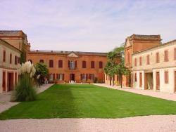 Chambres d'Hôtes du Château de Razengues, Château de Razengues, 32600, Razengues
