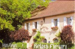Logis Le Relais Fleuri, Sortie Autoroute Avallon, Sur N.6., 89200, Avallon