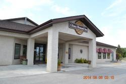 Glenn Howard Inn, 174 Minnewawa Street, R0E 1A0, Lac du Bonnet