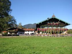 Familien-Bauernhof-Berghammer, Wolfsgrubstr. 32, 83700, Rottach-Egern