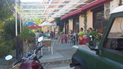 Hostal Restaurante Los Bronces, Haza De San Luis 11, 02450, Riópar