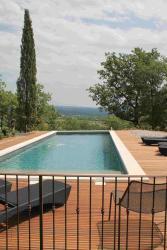 Chateau Perreal, lieu dit les Boussicaux, 84490, Saint-Saturnin-d'Apt