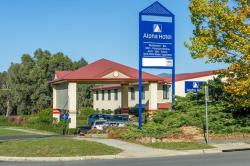 Alpha Hotel Canberra, 46 Rowland Rees Crescent, Tuggeranong , 2900, Canberra