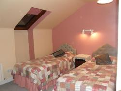 Mellottes Self Catering, Carraig West,, Cornamona