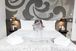 Hotel am Festspielhaus Bayerischer Hof - Superior, Lange Str. 92, 76530, Baden-Baden