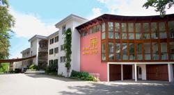 Hotel Hohe Linde, Lindauerstraße 75, 88316, Isny im Allgäu