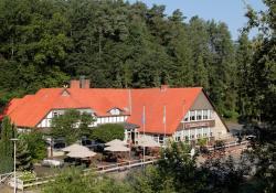 Ferien- und Wellnesshotel Waldfrieden, Weinbergsweg 25, 29456, Hitzacker