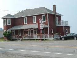 Auberge Restaurant chez Mamie, 195 Principale, G0E 2B0, Rivière-la-Madeleine