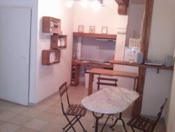 Le Massanous, 9 Rue de l'Abreuvoir, 11700, Puicheric