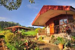 Zwinkels Mountain Lodge, Aboh Village, Belo Mountains,, Belo