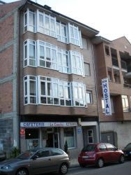 Hostal la Cuesta, Avenida de Ancares, 52  , 24430, Vega de Espinareda
