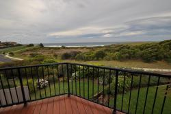 Beachfront Apartments, 8 Warbler crescent, 2546, Narooma