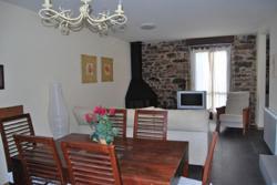 Casa de las Hadas, Avenida de Francia 14, 22710, Castiello de Jaca