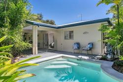 Kewarra Beach Retreat, 14 Albatross Street, 4879, ケワラ・ビーチ