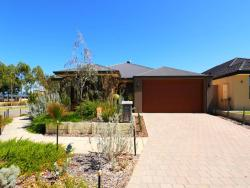 Jarelle House, 6A Oakleigh Pass, 6112, Harrisdale