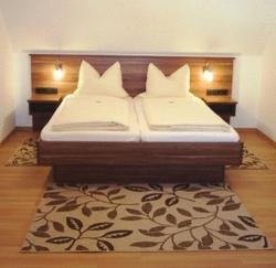 Hotel Landgasthof Euringer, Manchinger Strasse 29, 85077, Oberstimm