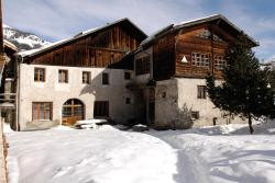 Youth Hostel Sta-Maria, Chasa Plaz, 7536, Sta Maria Val Müstair