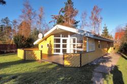 Holiday home Bogfinkevej D- 600,  4873, Bøtø By
